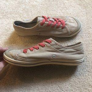 Simple Shoes - Simple shoes